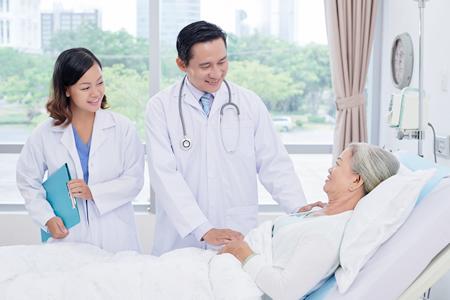 これからの社会に ホトロンの看護・介護センサー